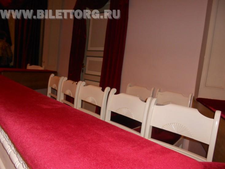 Зрительный зал Филиала Малого Театра - фото 8 (ложа бенуара) .