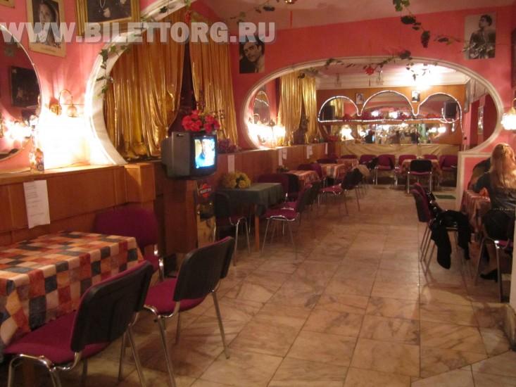 Буфет в театре Ромэн - фото 6