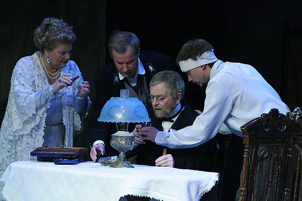 4, 5, 13 и 15 апреля в театре пушкина пройдёт спектакль чайка ап чехов комедия в 2-х действиях