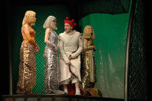 goliy-korol-teatr-sovremennik