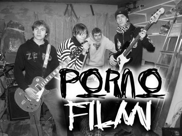 группа порнофильмы фото